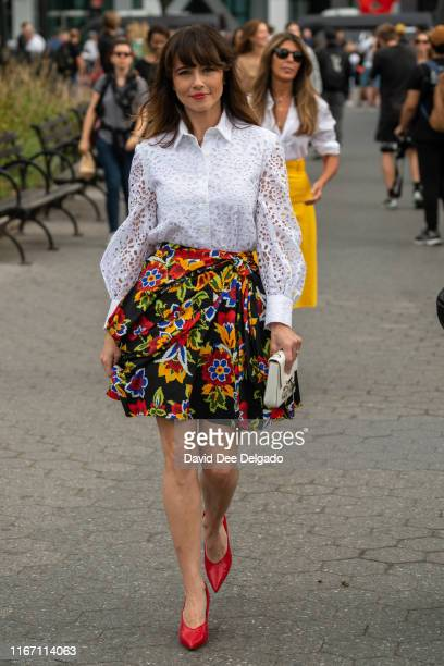 Actress Linda Cardellini attends the Carolina Herrera show during New York Fashion Week at the Garden of the Battery on September 9 2019 in New York...