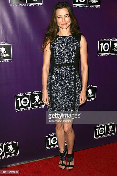 Actress Linda Cardellini attends the Wounded Warrior Project style and beauty charity event held at Avalon on September 20 2013 in Hollywood...