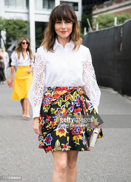 Actress Linda Cardellini is seen arriving to Carolina Herrera fashion show during New York Fashion Week on September 09 2019 in New York City