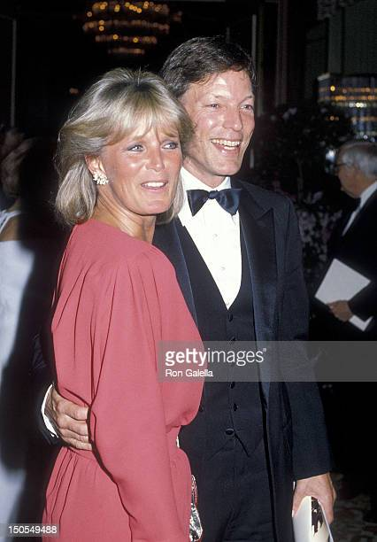 Actress Linda Evans and actor Richard Chamberlain attend the 12th Annual American Film Institute Lifetime Achievement Award Salute to Lillian Gish on...