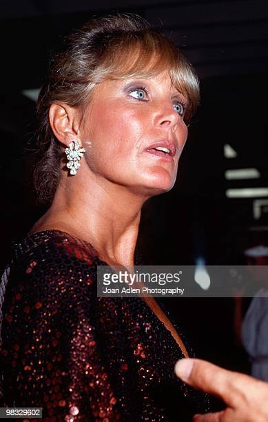 Actress Linda Evans attends a private showing of 'The Dynasty Collection' on Sept 19 1987 in Los Angeles California The showing is to showcase some...