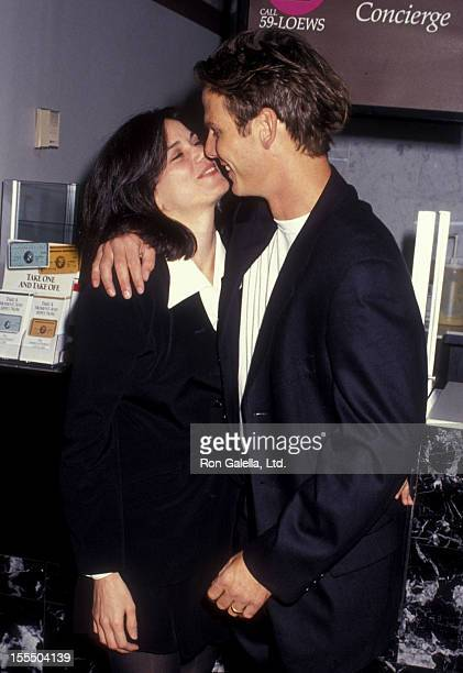 Actress Linda Fiorentino and actor Peter Berg attend the premiere of The Last Seduction on October 24 1994 at the Sony 19th Street East Theater in...