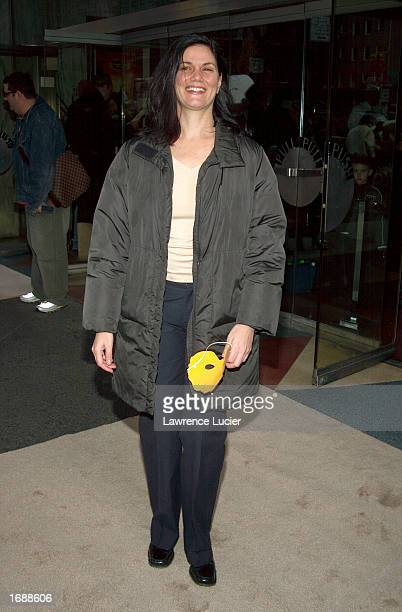 Actress Linda Fiorentino arrives at the premiere of the film 'The Wild Thornberries' December 15 2002 in New York City