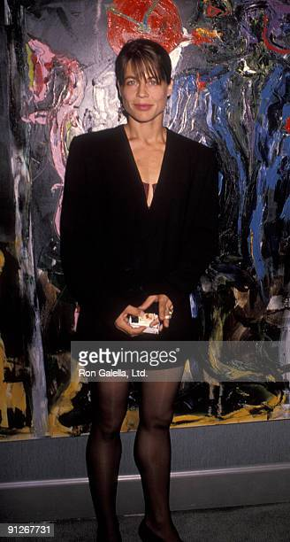 Actress Linda Hamilton attending the opening of 'Sylvester Stallone Paintings Exhibit' on September 10 1990 at Hanson Galleries in Beverly Hills...