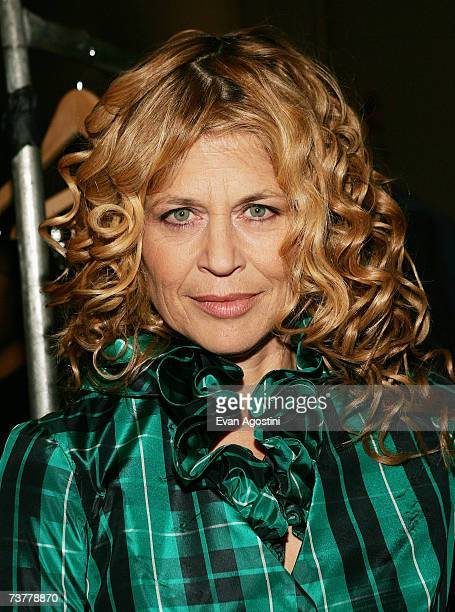 Actress Linda Hamilton poses backstage at ''Dressed To Kilt 2007'' at Capitale on April 2 2007 in New York City