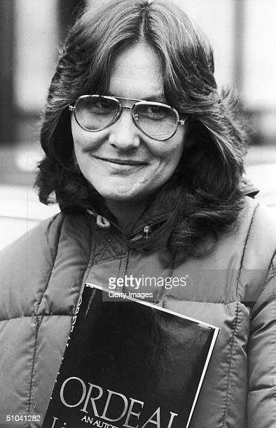 Actress Linda Lovelace Poses With Her Autobiography Ordeal April 4 1981 In England The Star Of The Pornographic Film Deep Throat Died April 22 2002...