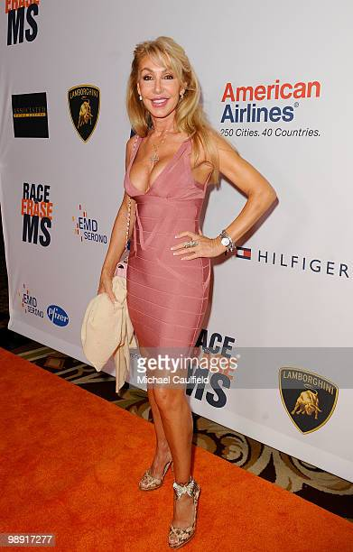 Actress Linda Thompson arrives at the 17th Annual Race to Erase MS event cochaired by Nancy Davis and Tommy Hilfiger at the Hyatt Regency Century...