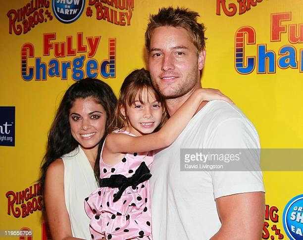 Actress Lindsay Hartley daughter Isabella Hartley and husband actor Justin Hartley attend Ringling Bros Barnum and Bailey Starlight Children's...