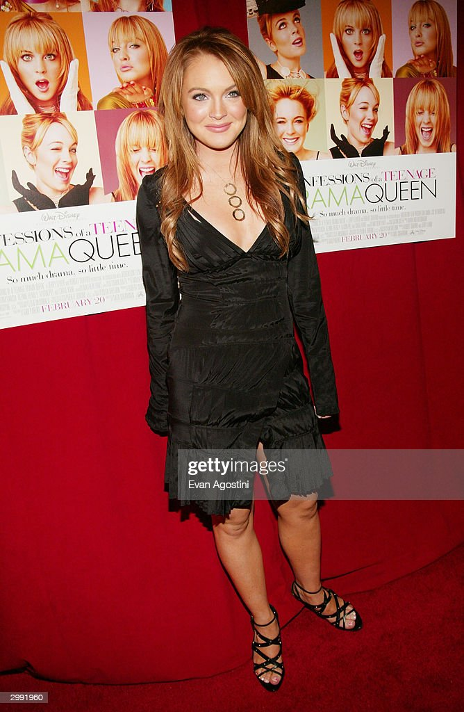 Actress Lindsay Lohan attends the 'Confessions Of A Teenage Drama Queen' premiere at the Loews E-Walk Theater February 17, 2004 in New York City.