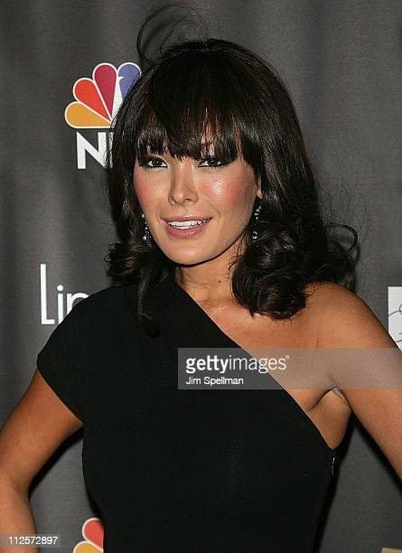 Actress Lindsay Price arrives at the Lipstick Jungle Premiere at Saks Fifth Avenue on January 31 2008 in New York City