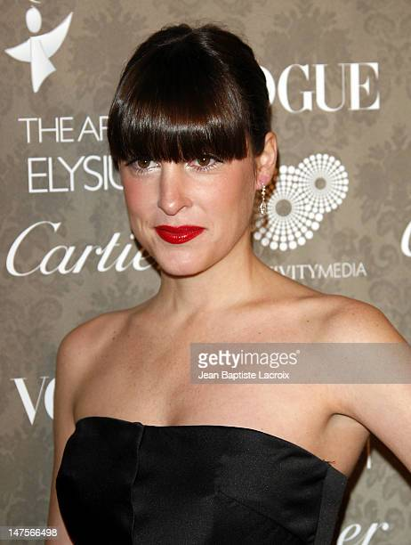 Actress Lindsay Sloane arrives at the Art of Elysium 2nd Annual Heaven Gala held at Vibiana on January 10, 2009 in Los Angeles, California.