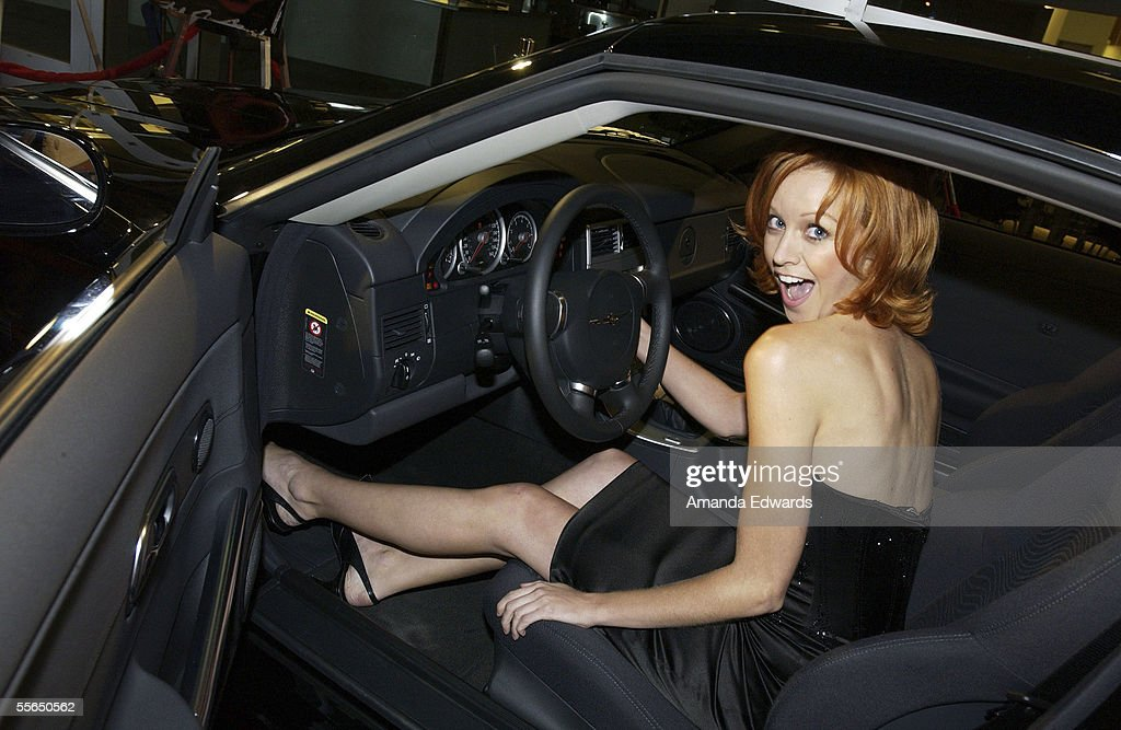 Photo of Lindy Booth  - car