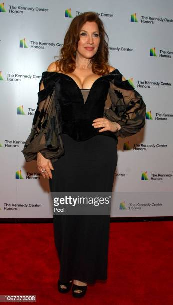 Actress Lisa Ann Walter arrives for the formal Artist's Dinner honoring the recipients of the 41st Annual Kennedy Center Honors hosted by United...