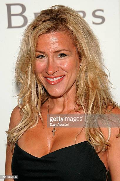 Actress Lisa Ann Walter attends the grand opening of the first De Beers Jewelry Store in the United States June 22 2005 in New York City