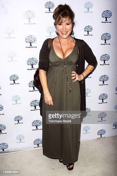 Actress Lisa Ann Walter attends the Nancy's Garden Party Fundraiser held at te Miauhaus Studios on April 29 2012 in Los Angeles California