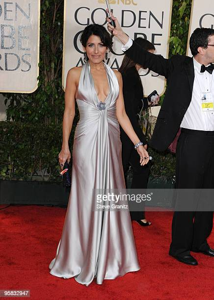 Actress Lisa Edelstein arrives at the 67th Annual Golden Globe Awards at The Beverly Hilton Hotel on January 17 2010 in Beverly Hills California