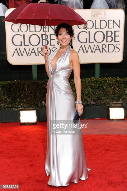 Actress Lisa Edelstein arrives at the 67th Annual Golden Globe Awards held at The Beverly Hilton Hotel on January 17 2010 in Beverly Hills California