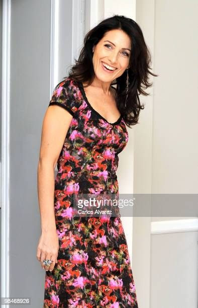 Actress Lisa Edelstein attends Dr House promotional photocall at the Villamagna Hotel on April 15 2010 in Madrid Spain
