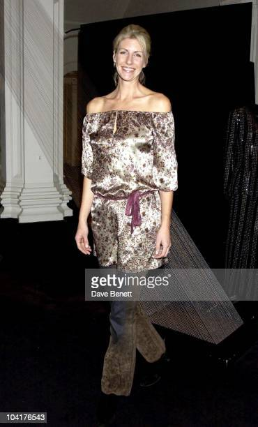 Actress Lisa Hogan Dog Trust Celebrity Party Show At The Royal Academy In London To Launch The New Name Fir The Canine Defence League
