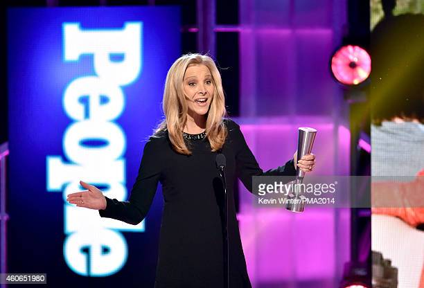 Actress Lisa Kudrow accepts Television Performance of the Year – Actress onstage during the PEOPLE Magazine Awards at The Beverly Hilton Hotel on...