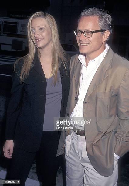Kudrows husband is lisa who Michel Stern