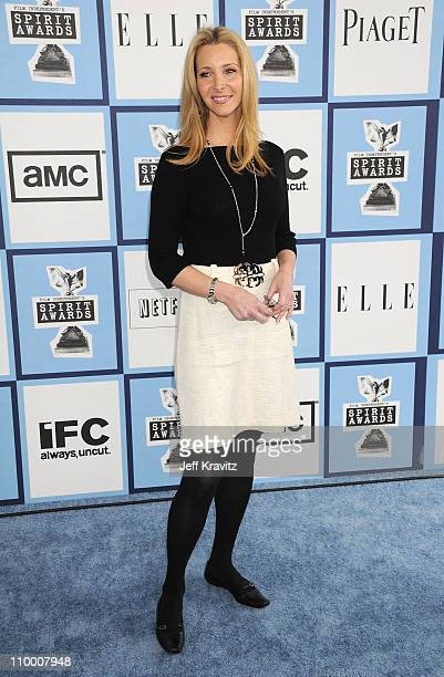 Actress Lisa Kudrow arrives at the 2008 Independent Spirit Awards at the Santa Monica Pier on February 23 2008 in Santa Monica California