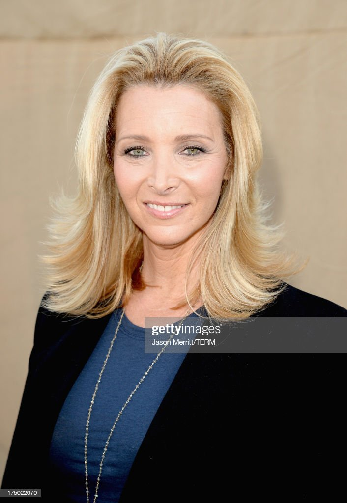Actress Lisa Kudrow arrives at the CW, CBS and Showtime 2013 summer TCA party on July 29, 2013 in Los Angeles, California.