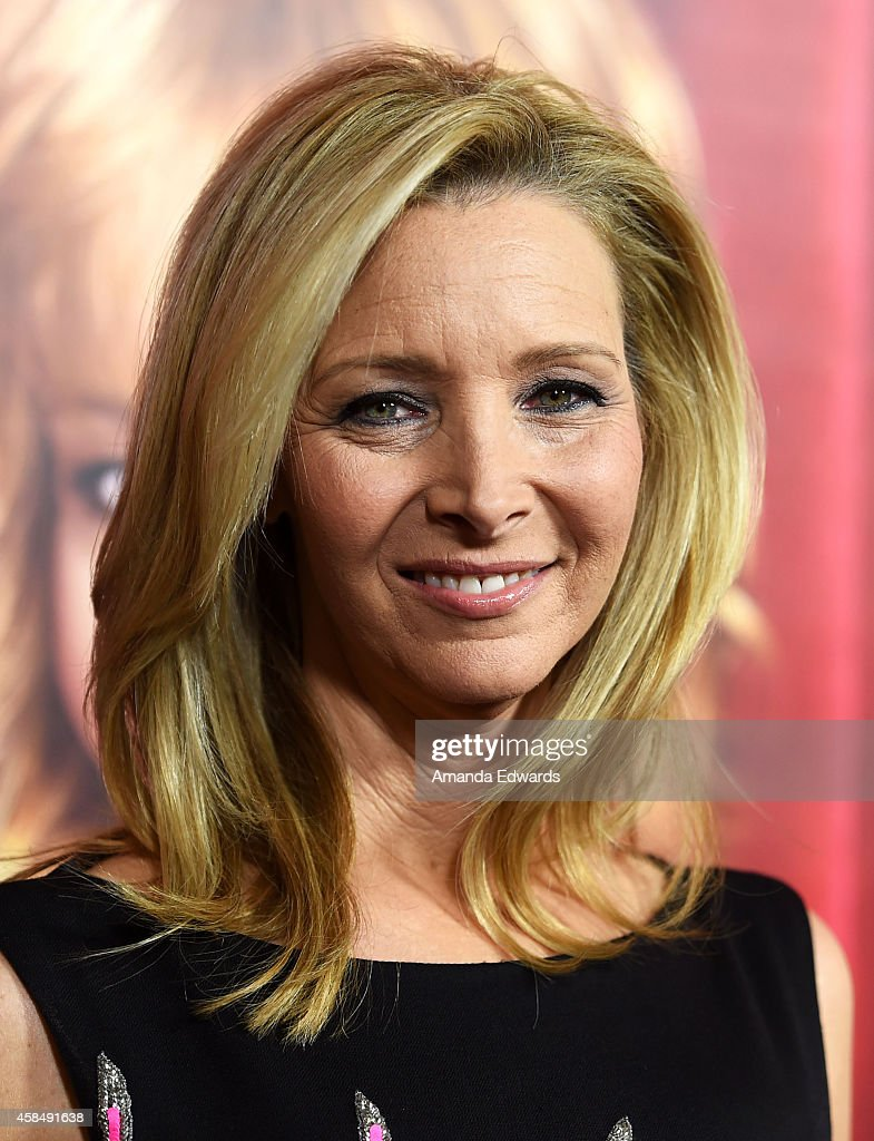 Actress Lisa Kudrow arrives at the Los Angeles premiere of HBO's series 'The Comeback' at the El Capitan Theatre on November 5, 2014 in Hollywood, California.