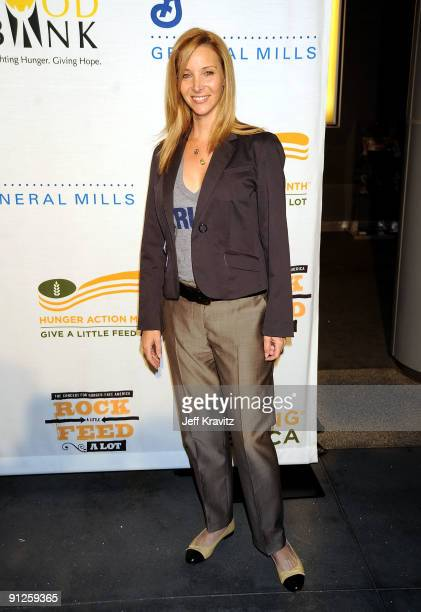 Actress Lisa Kudrow arrives at the Rock A Little Feed Alot benefit concert held at Club Nokia on September 29 2009 in Los Angeles California