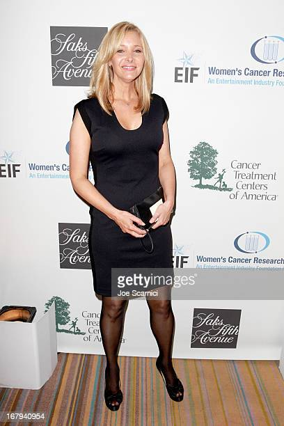 "Actress Lisa Kudrow attends EIF Women's Cancer Research Fund's 16th Annual ""An Unforgettable Evening"" presented by Saks Fifth Avenue at the Beverly..."
