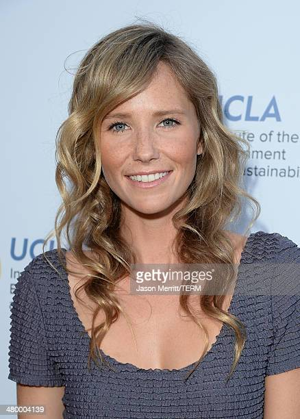 Actress Lisa Marie Sheldon attends an Evening of Environmental Excellence presented by The UCLA Institute Of The Environment And Sustainability at...