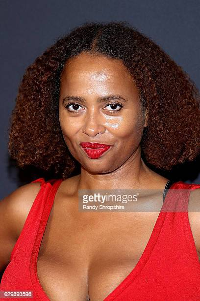 Actress Lisa Nicole Carson arrives to the premiere of BET's 'The New Edition Story' at The Paley Center for Media on December 14 2016 in Beverly...