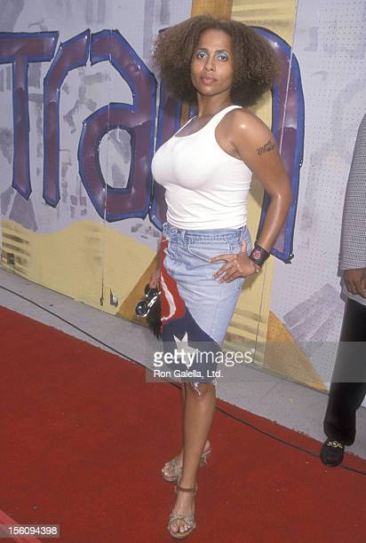 Actress Lisa Nicole Carson attends the Fifth Annual Soul Train Lady of Soul Awards on September 3 1999 at Santa Monica Civic Auditorium in Santa...