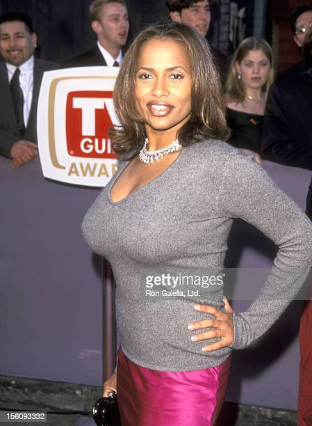 Actress Lisa Nicole Carson attends the First Annual TV Guide Awards on February 1 1999 at 20th Century Fox Studios in Century City California