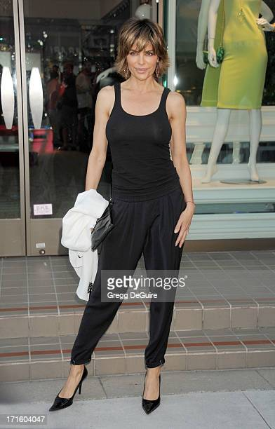 Actress Lisa Rinna arrives at a fashion fundraiser hosted by Kyle Richards benefiting Children's Hospital Los Angeles at Kyle by Alene Too on June 26...