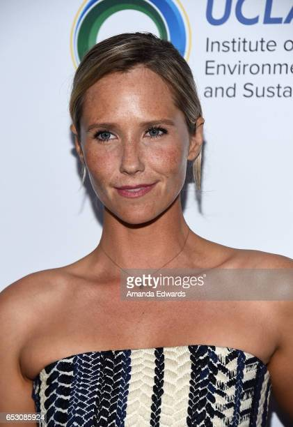Actress Lisa Sheldon arrives at the UCLA Institute of the Environment and Sustainability Innovators for a Healthy Planet celebration on March 13 2017...