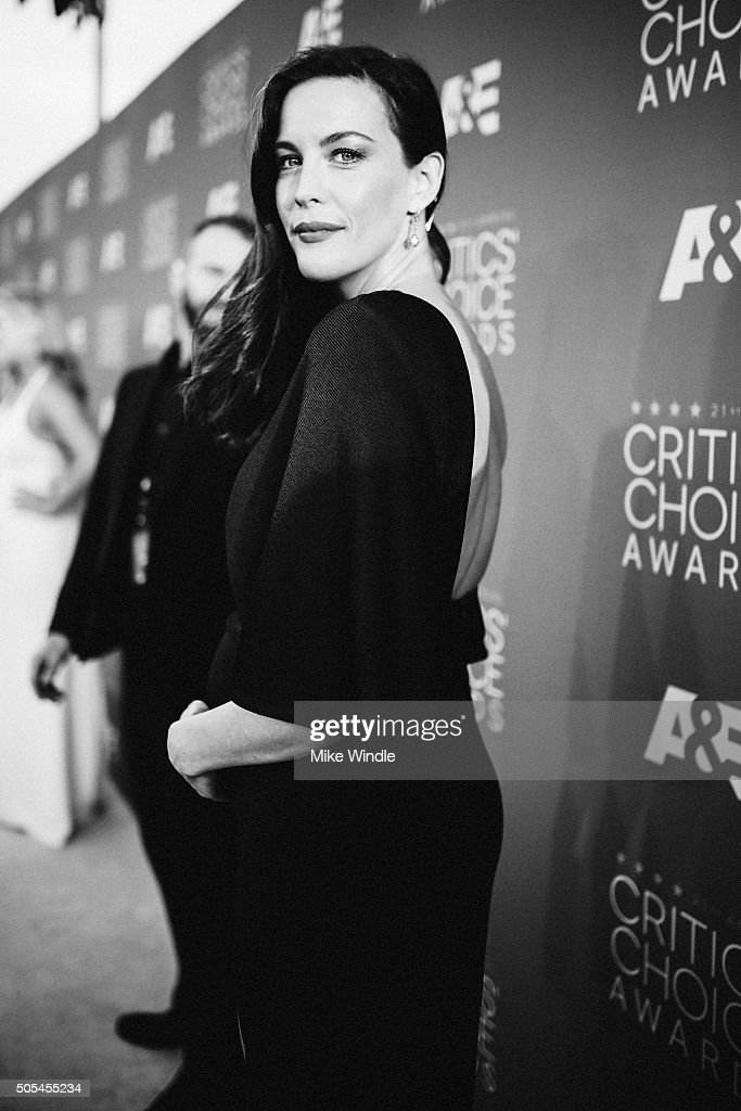 Actress Liv Tyler attends the 21st annual Critics' Choice Awards at Barker Hangar on on January 17, 2016 in Santa Monica, California.