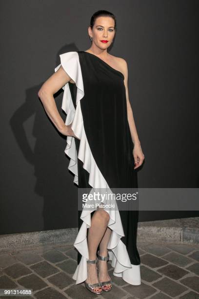 Actress Liv Tyler attends the Vogue Foundation Dinner Photocall as part of Paris Fashion Week Haute Couture Fall/Winter 20182019 at Musee Galliera on...