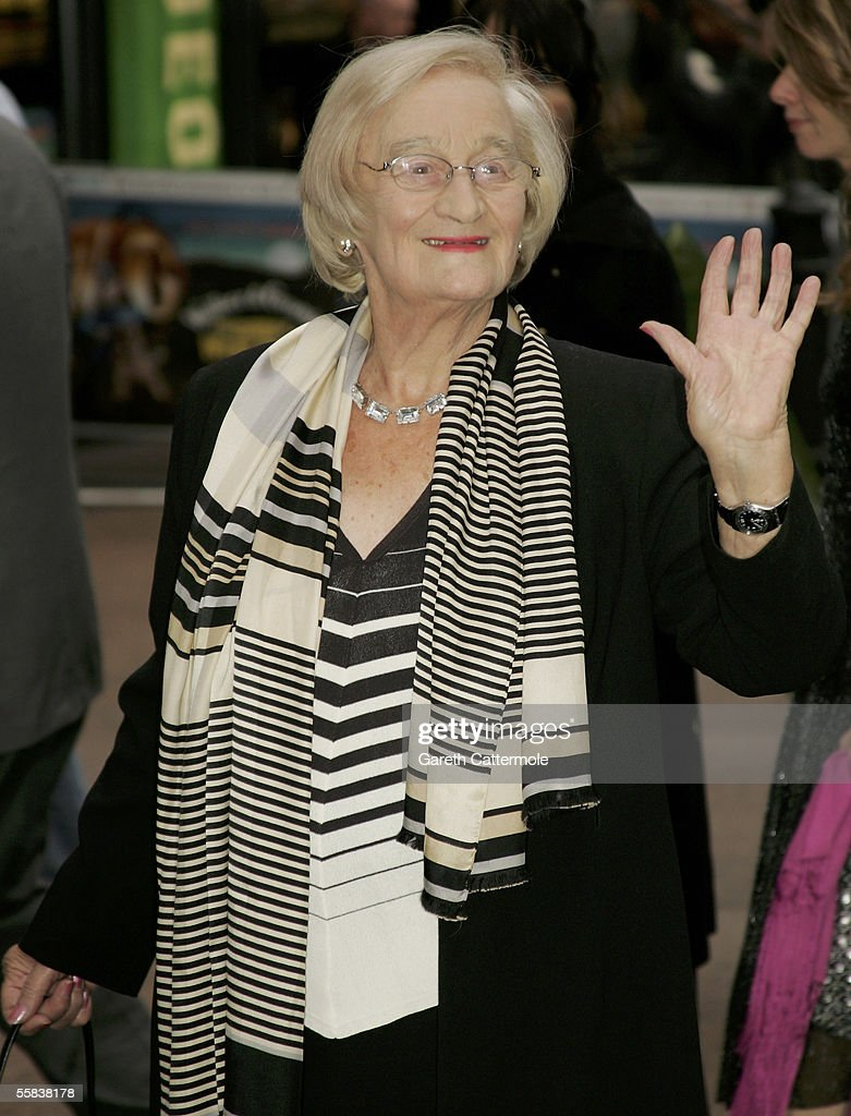 Actress Liz Smith arrives at the UK charity premiere of the animated film 'Wallace & Gromit: The Curse Of The Were-Rabbit' at the Odeon West End October 2, 2005 in London, England. The premiere is in aid of the Wallace & Gromit Children's Foundation.