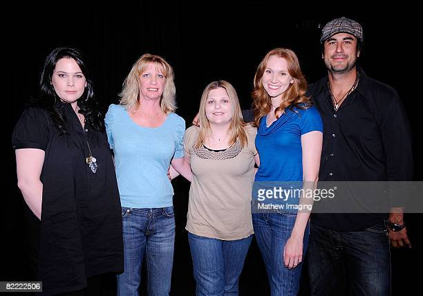LOS ANGELES CA AUGUST 06 Actress Liza Snyder writer Robin Mesger writer Stacey Levin actress Amy Sloan and actor Mike Bortone at a reading of The...