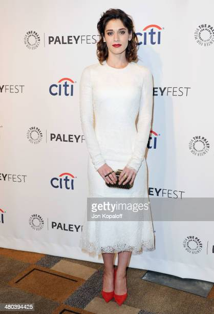 """Actress Lizzy Caplan arrives at the 2014 PaleyFest - """"Masters Of Sex"""" at Dolby Theatre on March 24, 2014 in Hollywood, California."""
