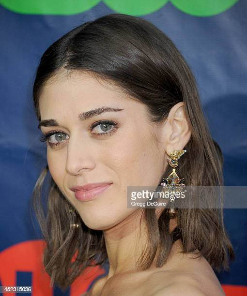 Actress Lizzy Caplan arrives at the 2014 Television Critics Association Summer Press Tour CBS CW And Showtime Party at Pacific Design Center on July...