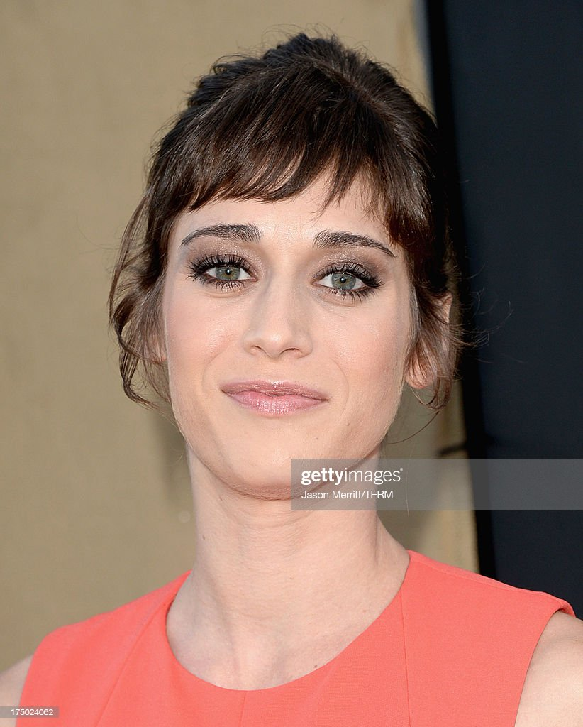 Actress Lizzy Caplan arrives at the CW, CBS and Showtime 2013 summer TCA party on July 29, 2013 in Los Angeles, California.