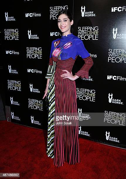 Actress Lizzy Caplan attends the Los Angeles premiere of IFC Films 'Sleeping with Other People' presented by Dark Horse Wine on September 9 2015 in...