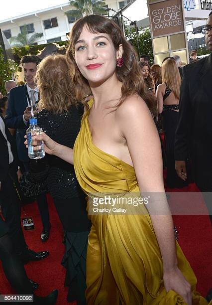 Actress Lola Kirke attends the 73rd annual Golden Globe Awards sponsored by FIJI Water at The Beverly Hilton Hotel on January 10 2016 in Beverly...