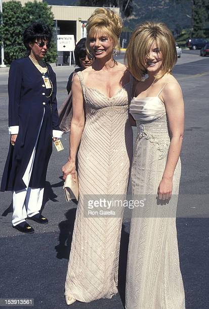 Actress Loni Anderson and singer/actress Crystal Bernard attend the 31st Annual Academy of Country Music Awards on April 24, 1996 at the Universal...
