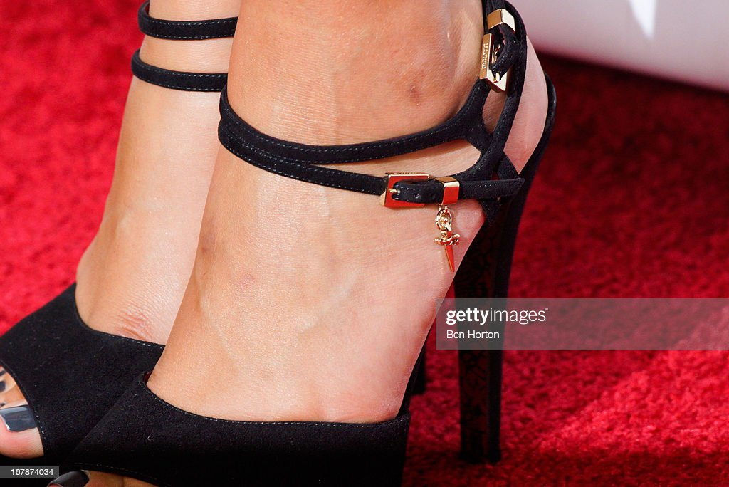 Actress Lorenza Izzo (fashion detail) attends the premiere of 'Aftershock' at Mann Chinese 6 on May 1, 2013 in Los Angeles, California.