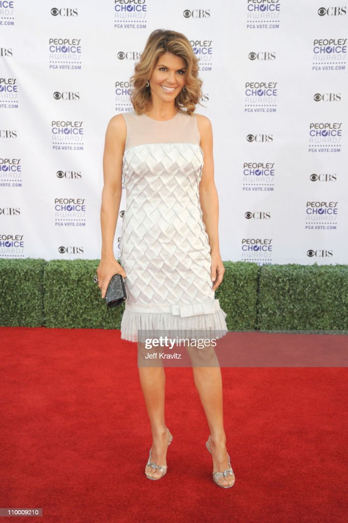 35th Annual People's Choice Awards - Arrivals : News Photo