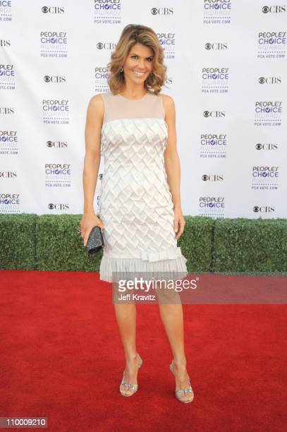 Actress Lori Loughlin arrives at the 35th Annual People's Choice Awards held at the Shrine Auditorium on January 7 2009 in Los Angeles California