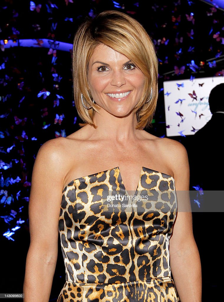 """15th Annual """"An Unforgettable Evening"""" Benefiting EIF's Women's Cancer Research Fund - Inside : News Photo"""